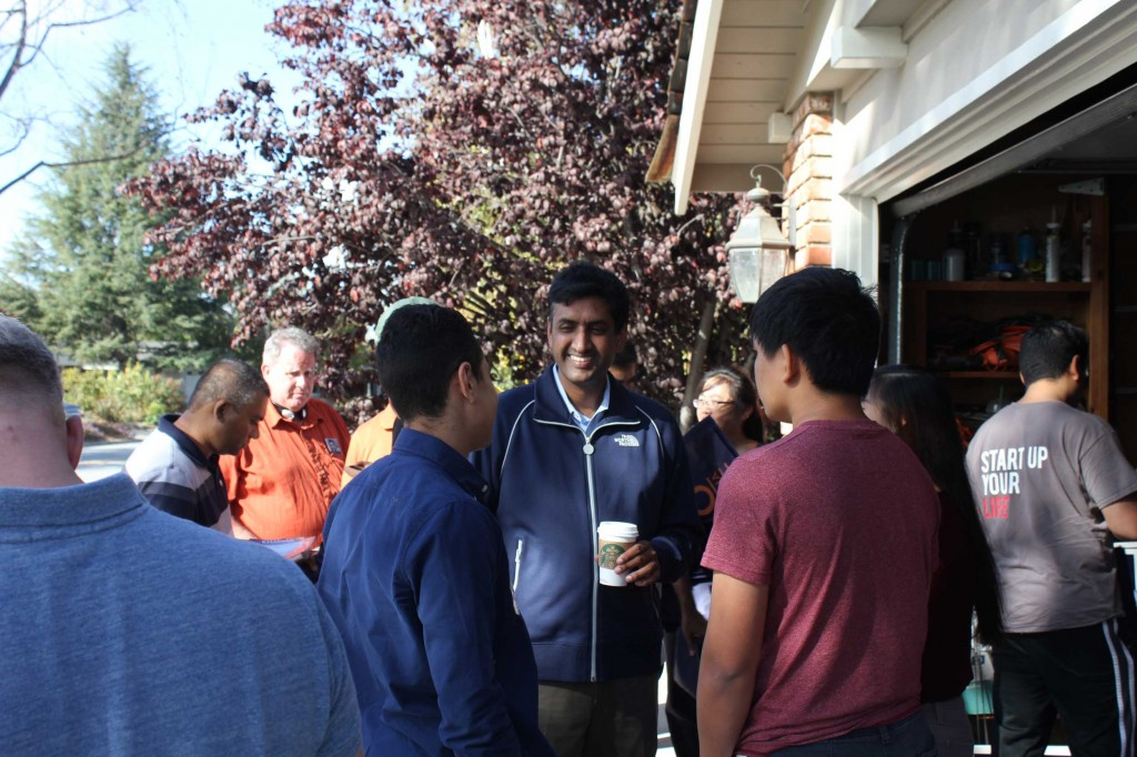 Ro Khanna speaks with student volunteers at a Sunnyvale canvass event on Oct. 20. After months of trailing incumbent Mike Honda in the polls by double digits, a recent poll shows the race for California's 17th Congressional district is in a dead heat. (Jay Lee/Peninsula Press)