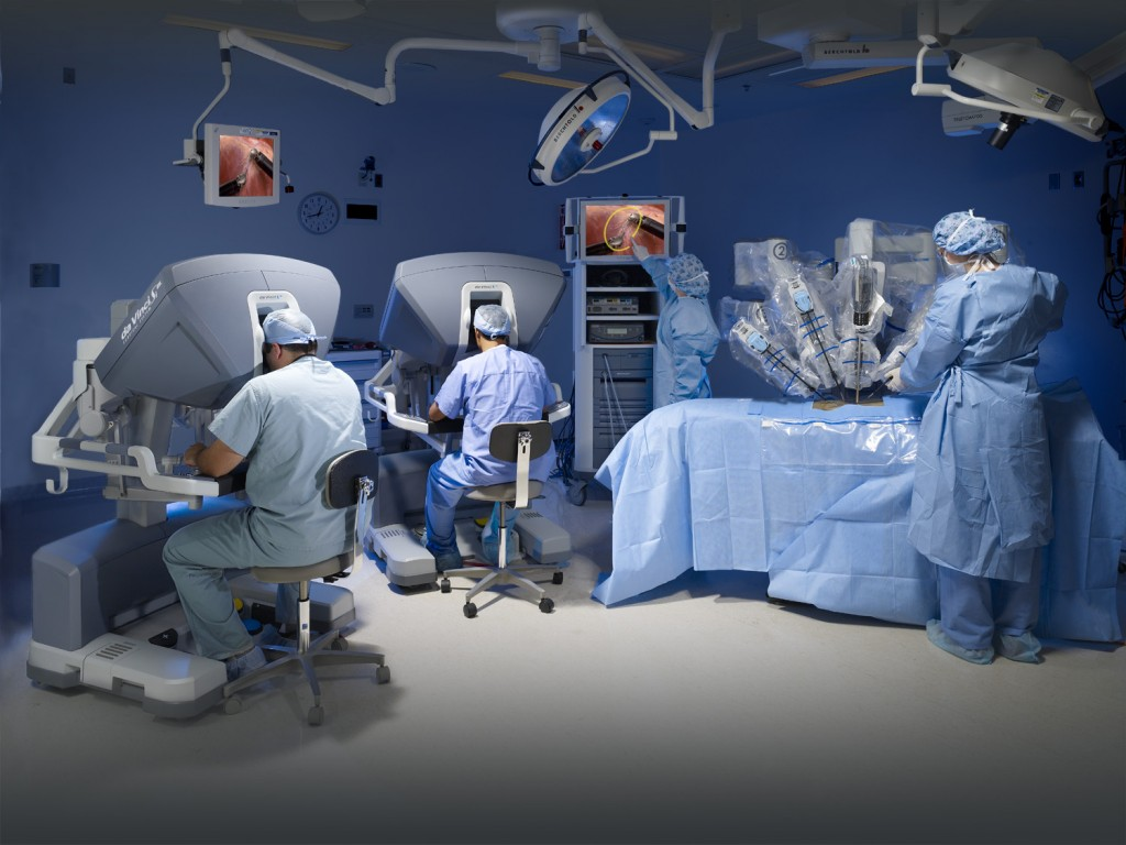 (Photo courtesy of Intuitive Surgical.)