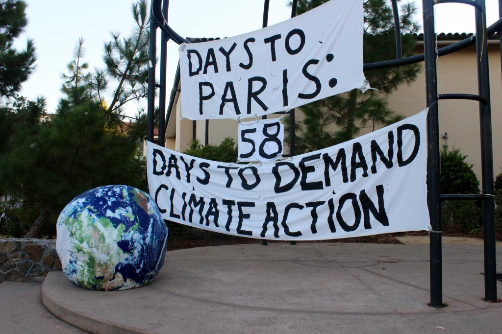 A banner that students update with the countdown to COP21. (Naomi Cornman/Peninsula Press)