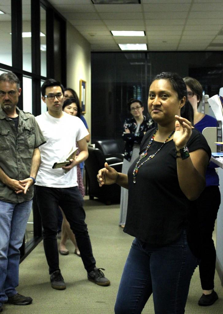 Rosa De Leon leads a rapid responder training.