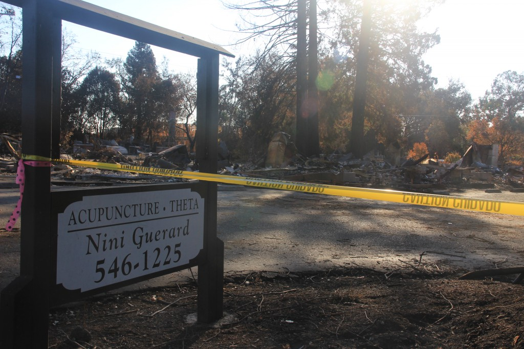 The remnants of an acupuncture clinic in Santa Rosa that burned down two blocks from Sutter Santa Rosa Regional Hospital. The hospital, which did not sustain any permanent damage, closed on Oct. 9, resulting in the evacuation of over 80 patients. (Mark Lieber/Peninsula Press)