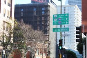 Zoox is testing its self-driving software in Toyota Highlanders that roam San Francisco's Financial District. (Isha Salian/Peninsula Press)