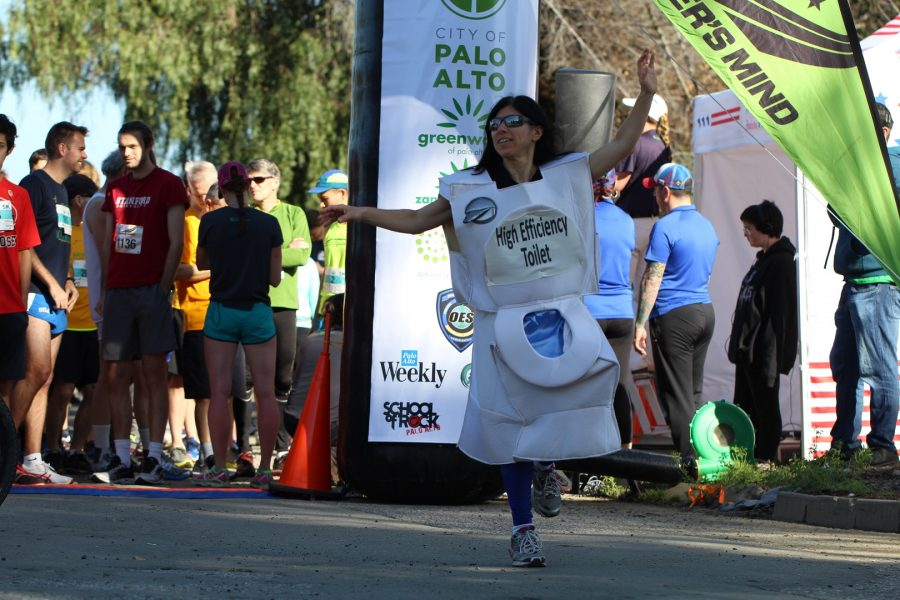 Ora Chaiken, the running toilet, during the 5k run/walk.