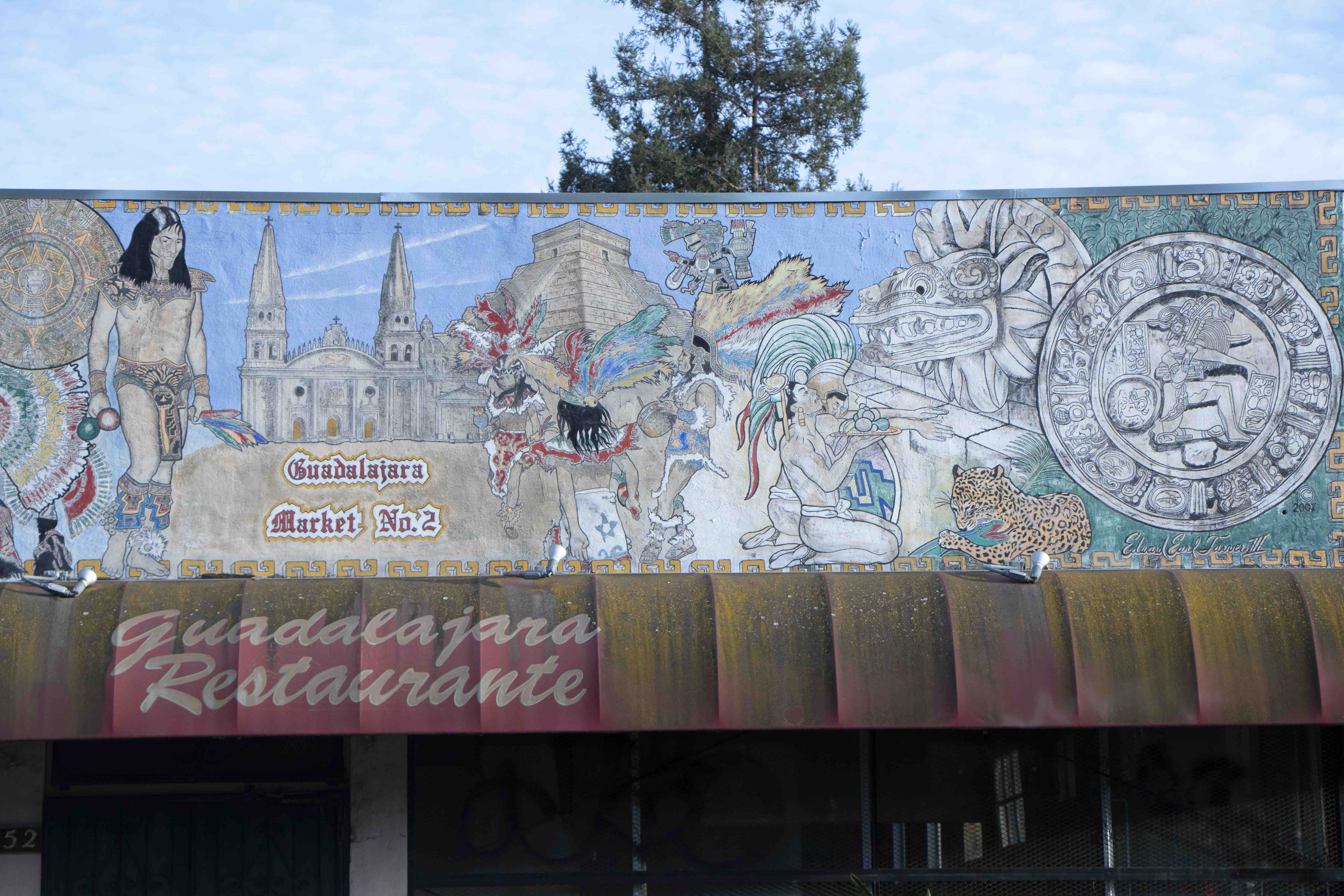 One of the six murals that the San Jose Historic Landmarks Commission recently added to the Historic Resources Inventory is painted on the shuttered Guadelajara Market #2 on Empire Street in San Jose, Calif., on Oct. 8, 2019. (Vanessa Ochavillo/Peninsula Press)