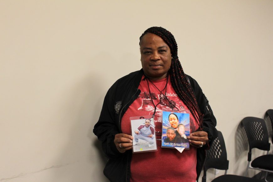 LaTonya Rogers spoke about losing her sons to gun violence in San Francisco, Tuesday, Oct. 8, 2019. She showed their pictures, which were wrapped around her neck in a lanyard, to the group. (Peninsula Press/Nisa Khan)