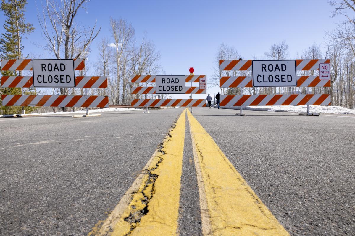 Road blockades